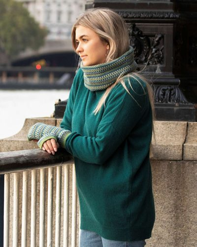 Cadenza Italy Cashmere Blend Drop Shoulder Jumper AW20 Peacock £52.00